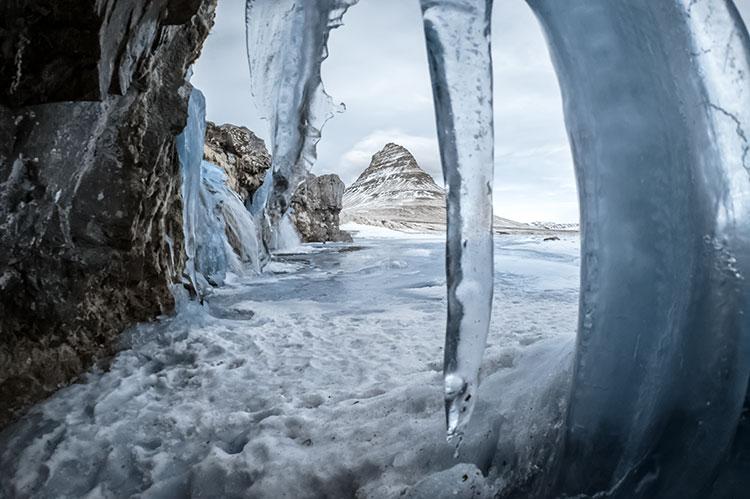 Kirkjufell, in een winters IJsland